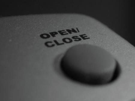 open close morguefile