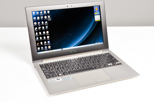 Asus UX21A (AnandTech)